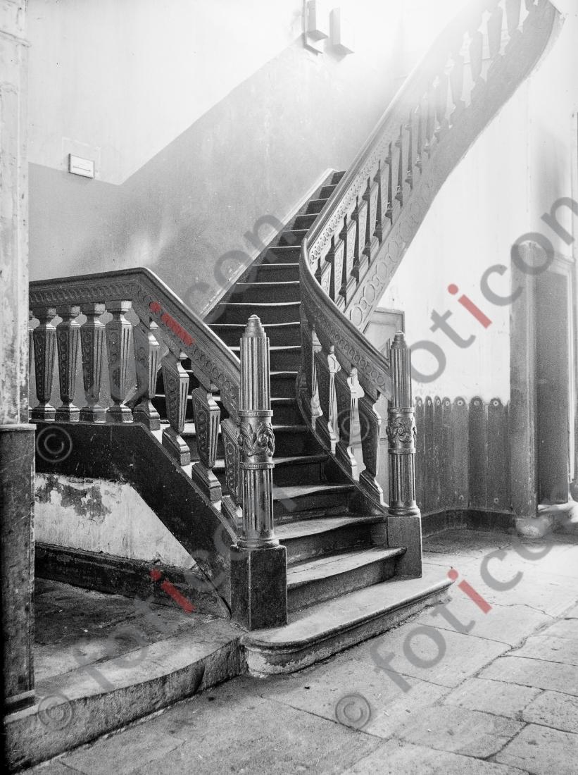 Treppe Bilkerstraße 5 | Stairway Bilkerstreet 5 - Foto foticon-kleesattel-sw-002.jpg | foticon.de - Bilddatenbank für Motive aus Geschichte und Kultur