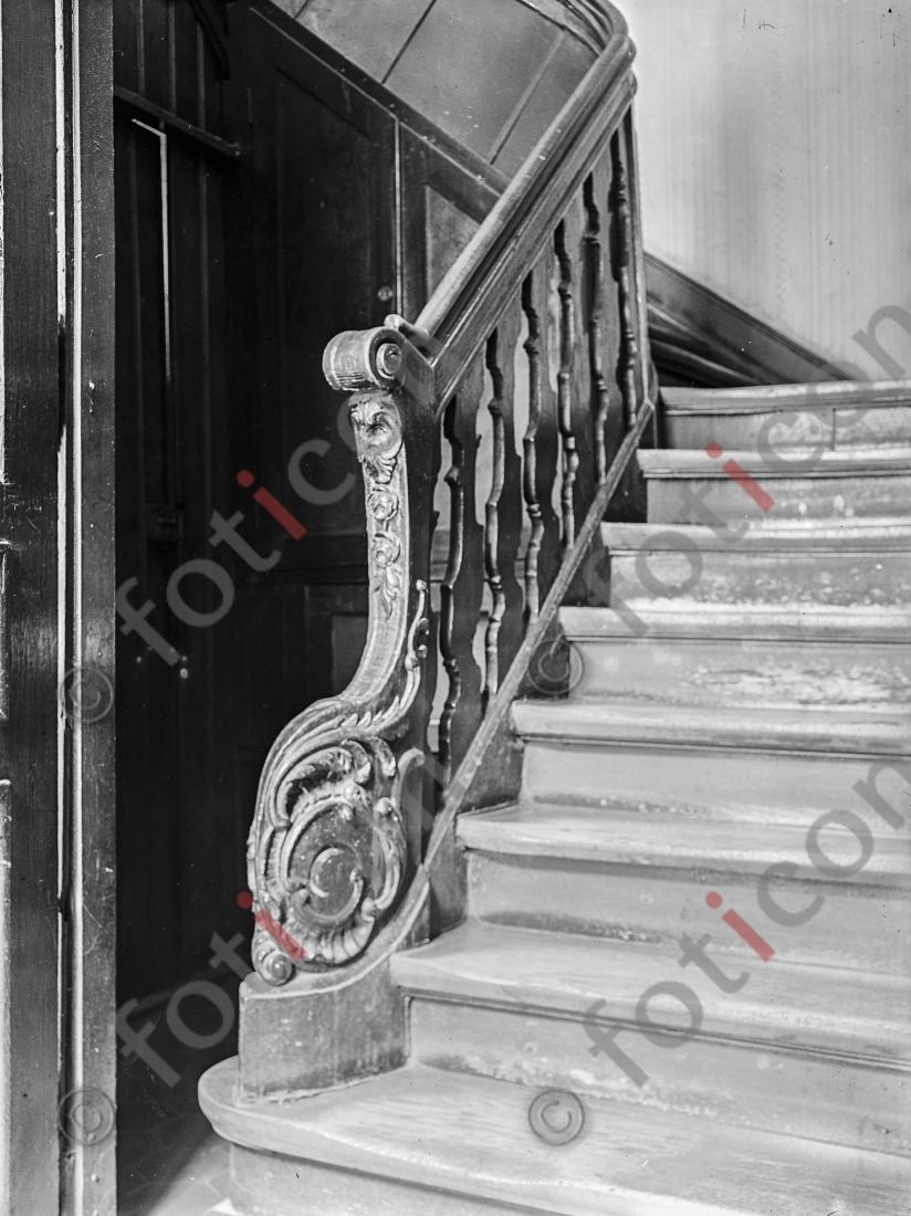 Treppe Citadellstraße 17 | Stairway Citadellstreet 17 - Foto foticon-kleesattel-sw-010.jpg | foticon.de - Bilddatenbank für Motive aus Geschichte und Kultur